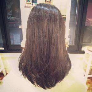 髪の赤味消したい-ヘアカラーうまい-広島美容院2